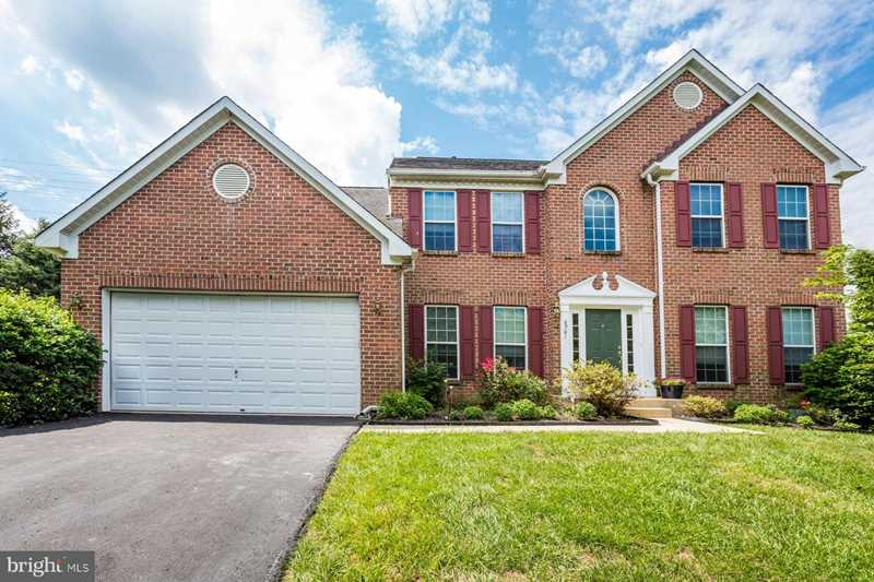 6901 Berry Wood Ct Columbia, MD 21044 | MLS ® MDHW209290 Photo 1