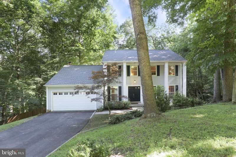 6099 River Forest Dr For Sale in Manassas Photo 1