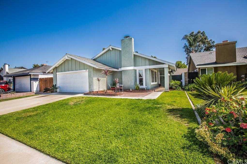 5110 E Tango Circle Anaheim Hills, CA 92807   MLS PW19055995 Photo 1