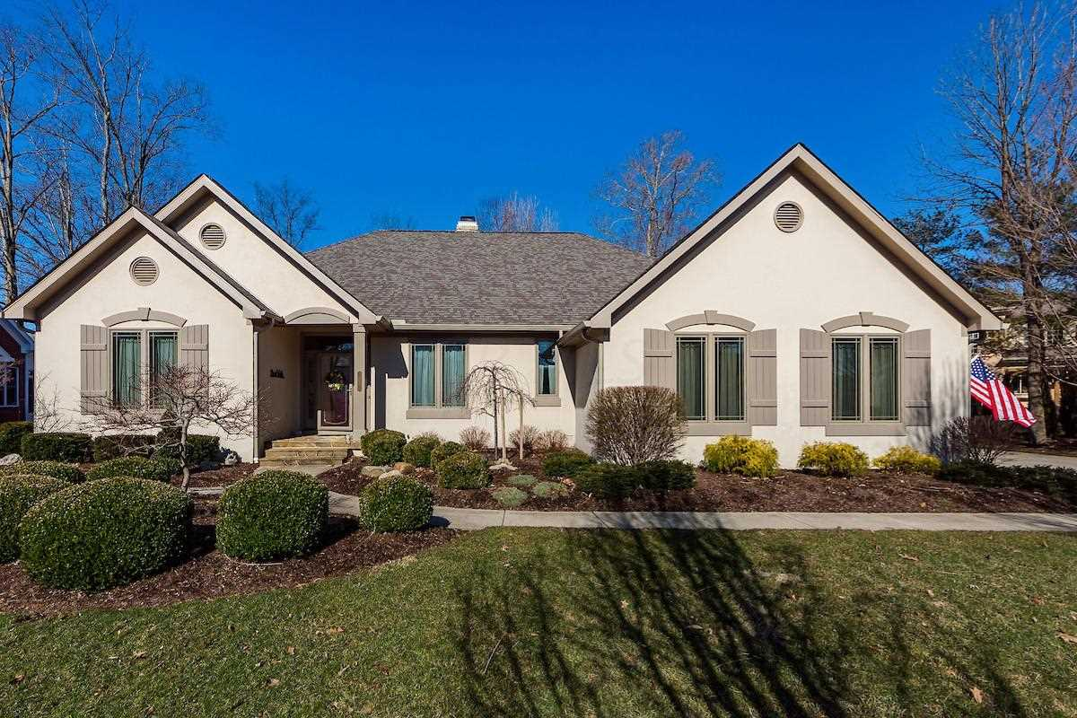 5633 Turnberry Drive Westerville, OH 43082 | MLS 219007211 Photo 1