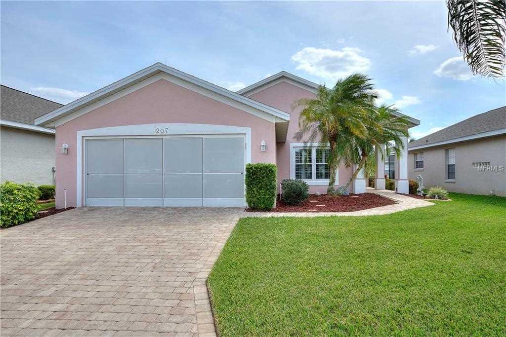 207 Travis Lane Davenport, FL 33837 | MLS S5014951 Photo 1