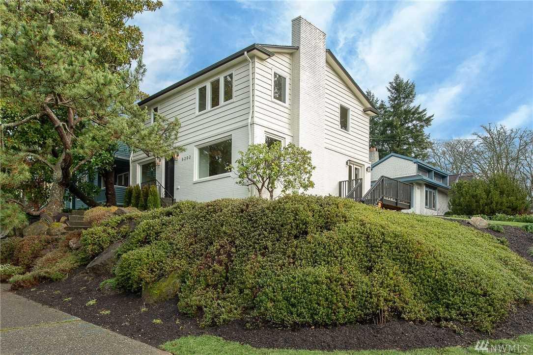 6202 Ravenna Ave NE Seattle, WA 98115 | MLS ® 1404178 Photo 1