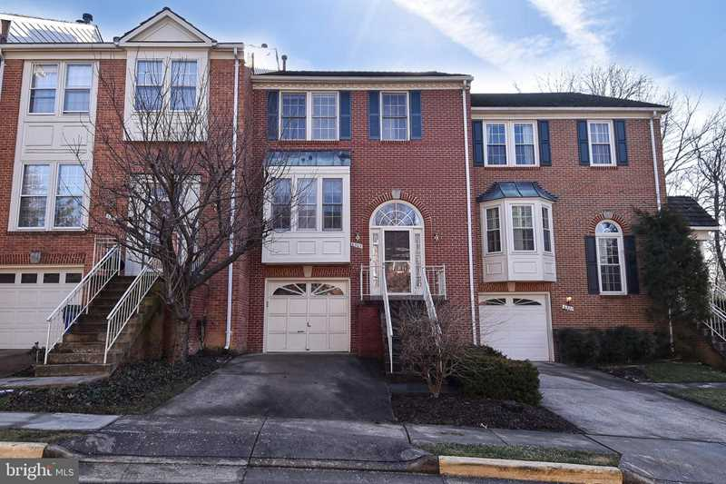 6305 Crooked Oak Ln For Sale in Falls Church Photo 1