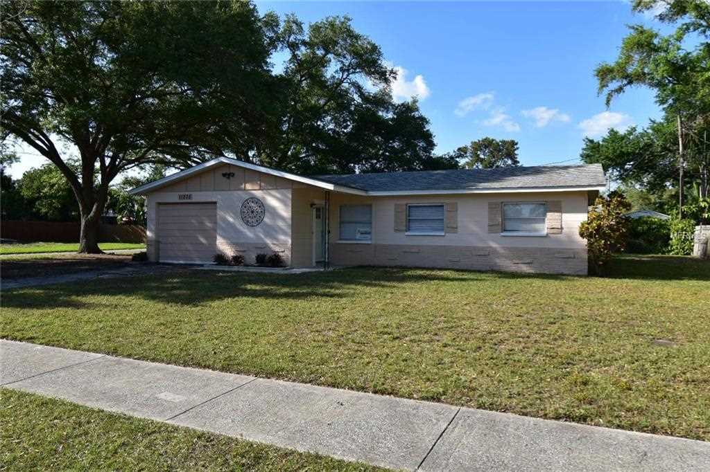 11235 Temple Avenue Seminole, FL 33772 | MLS U8038163 Photo 1