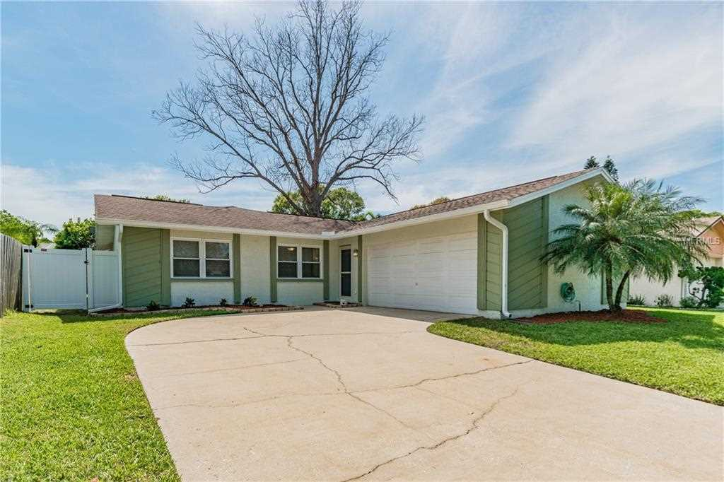 625 Kirkland Circle Dunedin, FL 34698 | MLS U8036918 Photo 1
