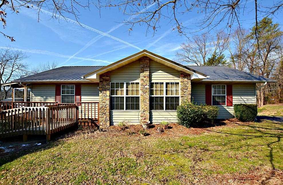 415 Mountain View Ln Pigeon Forge TN 37863 in Dott Mcmahan Add | MLS 1068426 - GreatLifeRE.com Photo 1