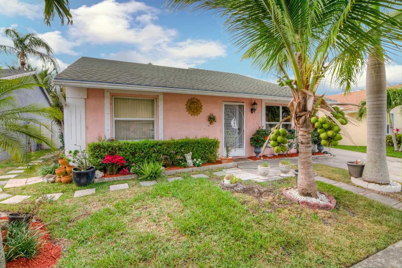 5637 Priscilla Lane Lake Worth, FL 33463 | MLS RX-10513243 Photo 1