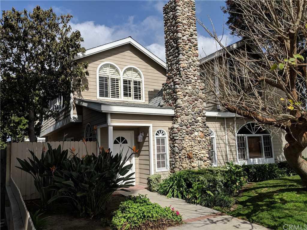 2547 Orange Avenue #A Costa Mesa, CA 92627 | MLS OC19052289 Photo 1
