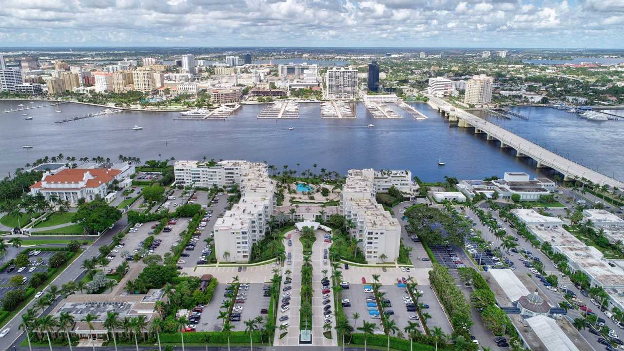 44 Cocoanut Row #305 A Palm Beach, FL 33480 | MLS RX-10513307 Photo 1