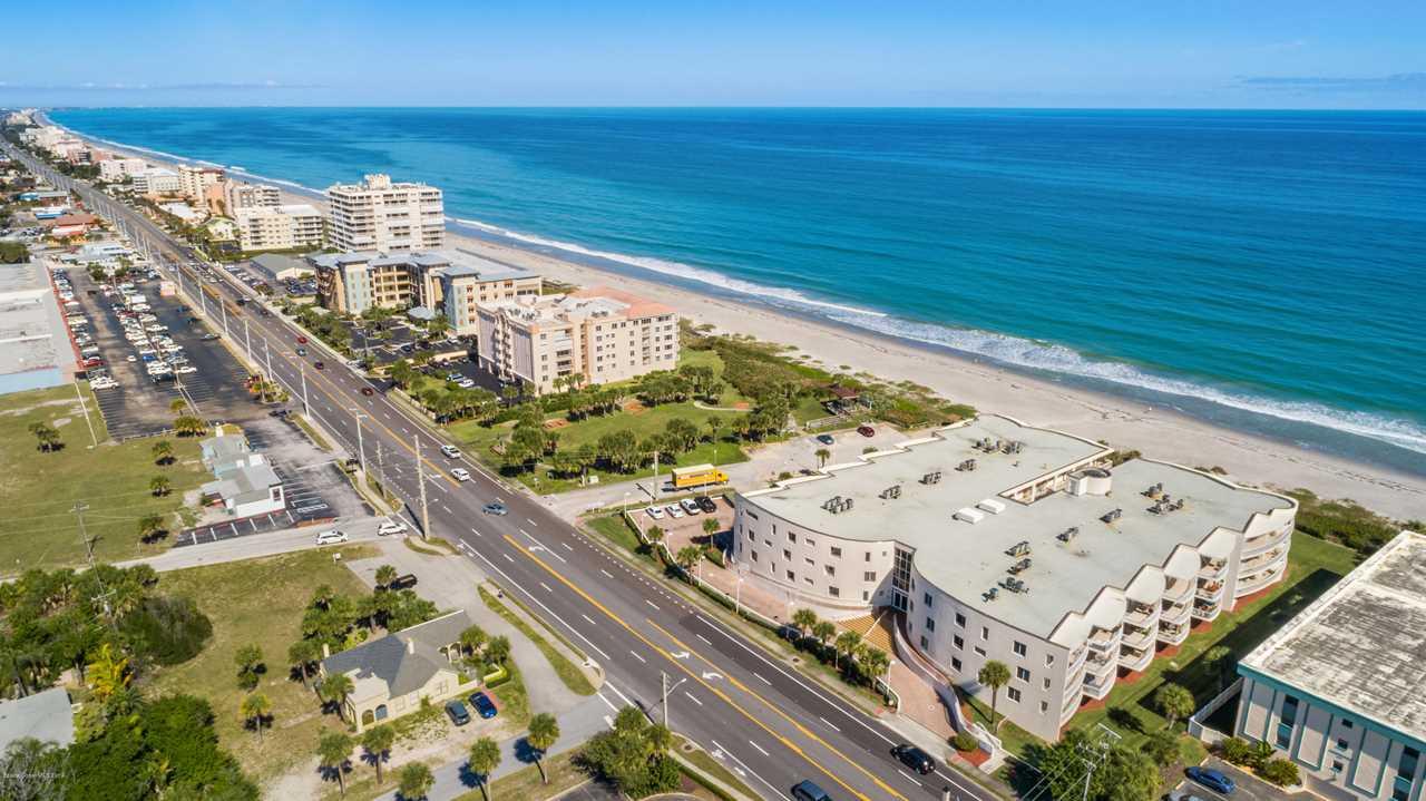 601 N Miramar Avenue #305 Indialantic, FL 32903   MLS 840070 Photo 1