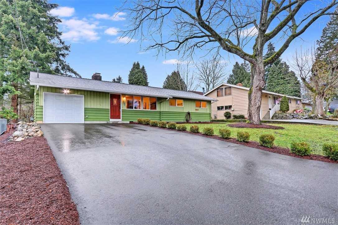 2501 202nd Place SW Lynnwood, WA 98036 | MLS ® 1398531 Photo 1
