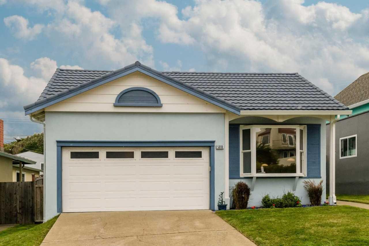 5018 Palmetto Ave Pacifica, CA 94044 | MLS ML81734762 Photo 1