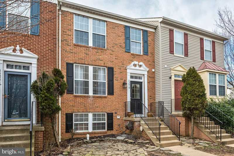 23019 Potomac Hill Square For Sale in Sterling Photo 1