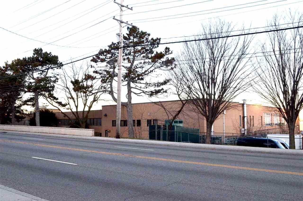 8825 Tonnelle Ave #2005 North Bergen, NJ 07047 | MLS 190005072 Photo 1