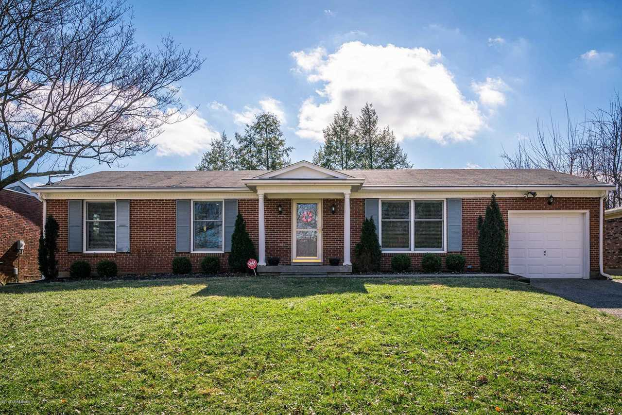 10708 Shelbyville Rd Louisville KY in Jefferson County - MLS# 1524467 | Real Estate Listings For Sale |Search MLS|Homes|Condos|Farms Photo 1