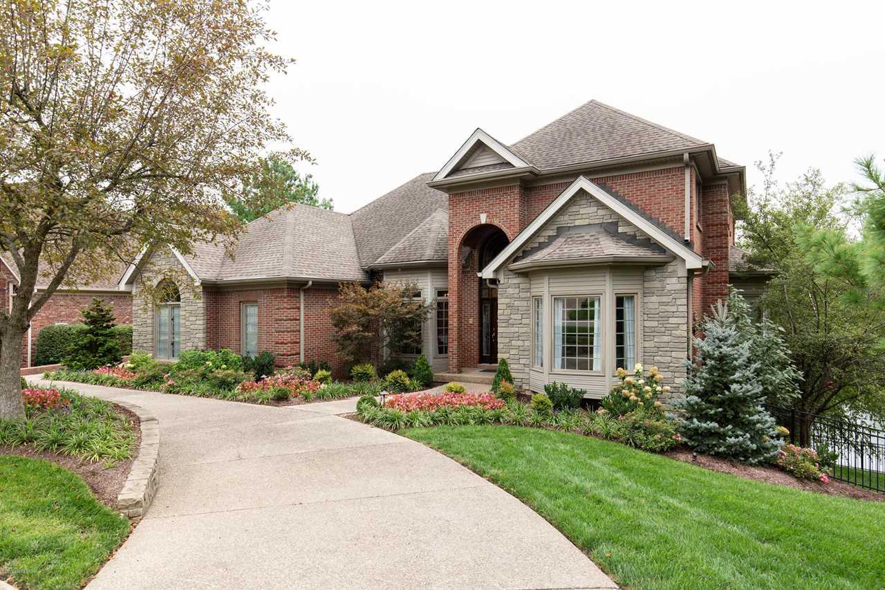 14906 Forest Oaks Dr Louisville KY 40245 | MLS#1524346 Photo 1