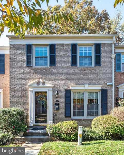 1560 Bruton Ct For Sale in Mclean Photo 1