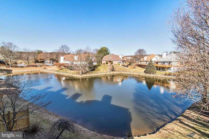 6520 River Tweed Ln For Sale in Alexandria Photo 1