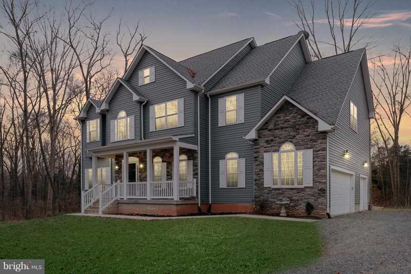 7233 Oak Shade Rd Bealeton, VA 22712 | MLS ® VAFQ133462 Photo 1