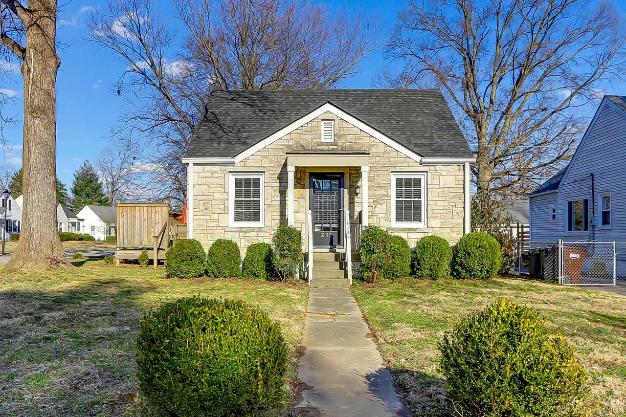 211 Staebler Ave Louisville, KY 40207 | MLS 1523921 Photo 1