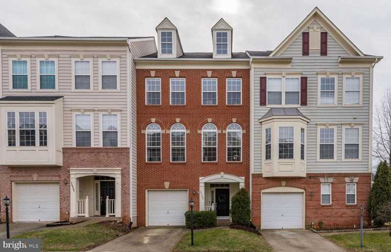 20908 Cosworth Terrace For Sale in Sterling Photo 1