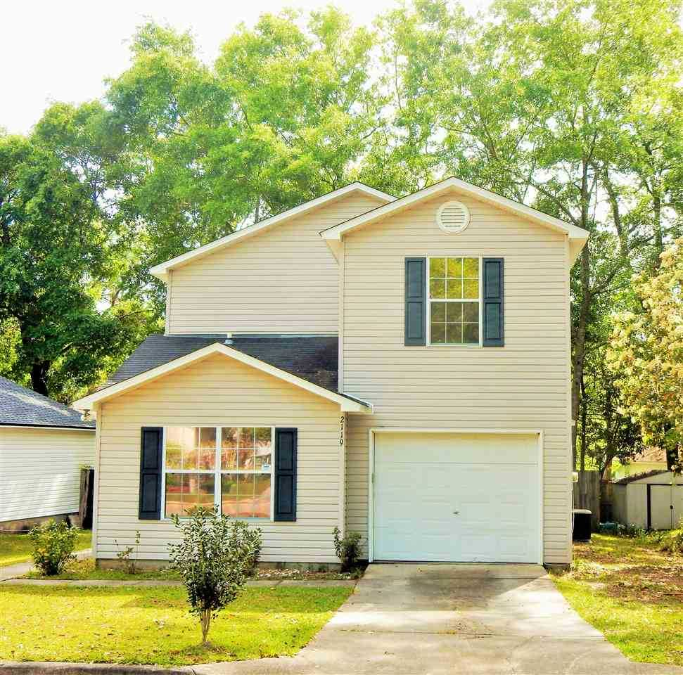 Oak Arbor Court: 2119 Wesley Court Tallahassee, FL 32303 In Westover