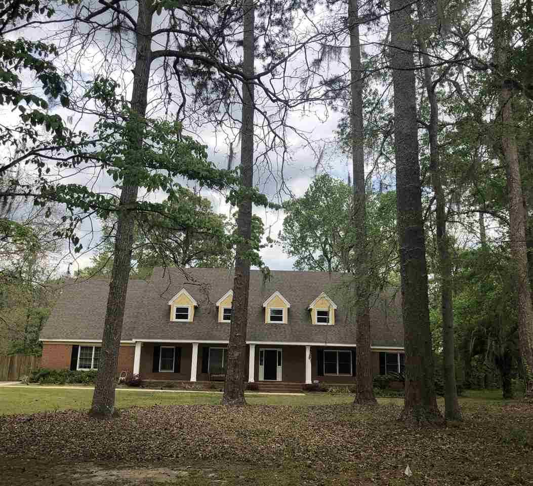 Arbor Oaks Florida: 2505 Noble Drive Tallahassee, FL 32308 In Noble & Woodgate Way