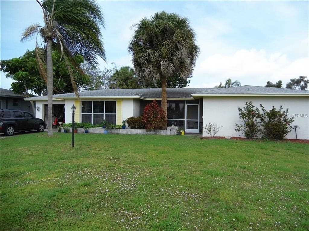 42 Caddy Road Rotonda West, FL 33947 | MLS D6106521 Photo 1