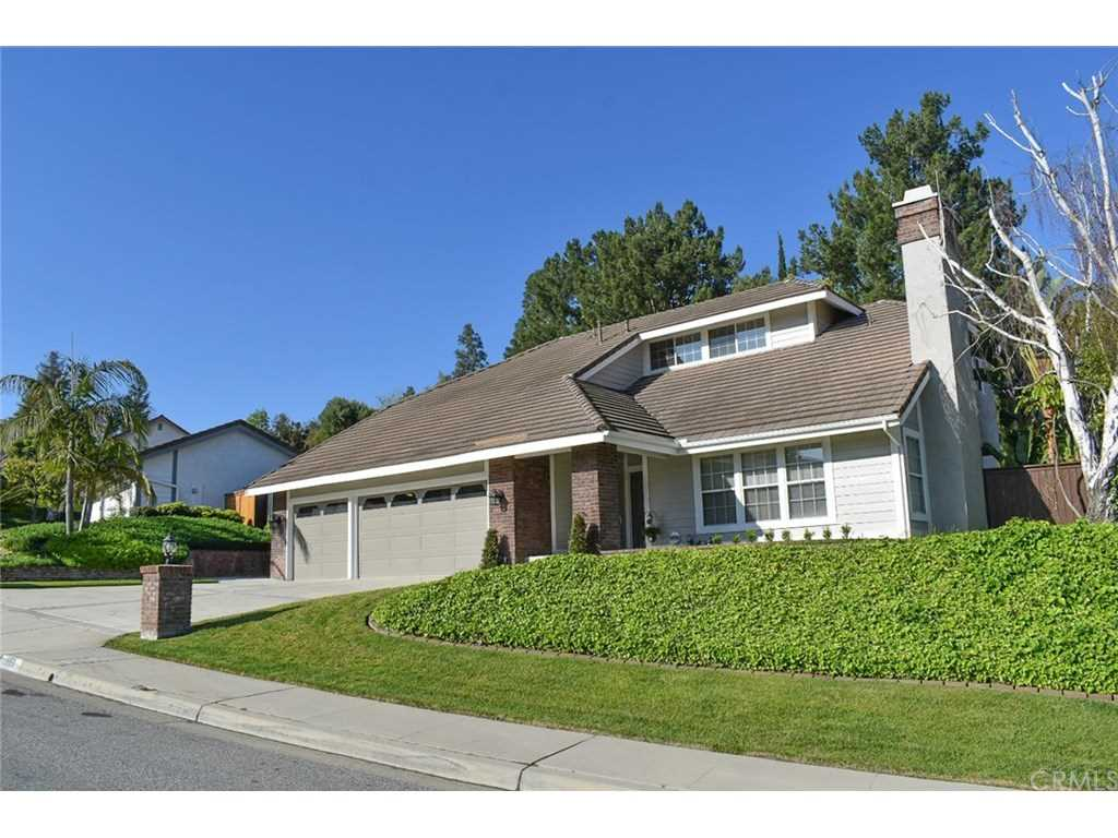 555 S Scout Trail Anaheim Hills, CA 92807 | MLS SW19089195 Photo 1