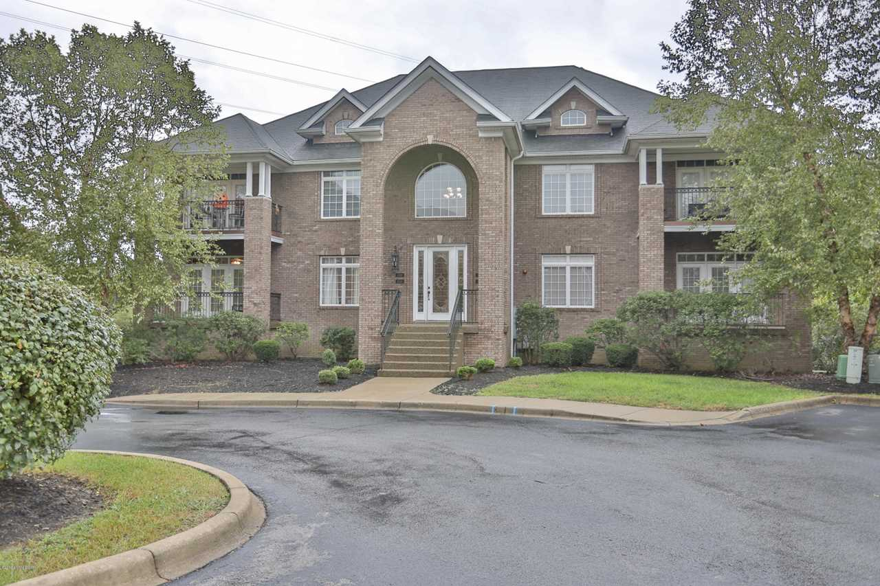 15330 Royal Troon Ave Louisville, KY 40245 | MLS 1524015 Photo 1