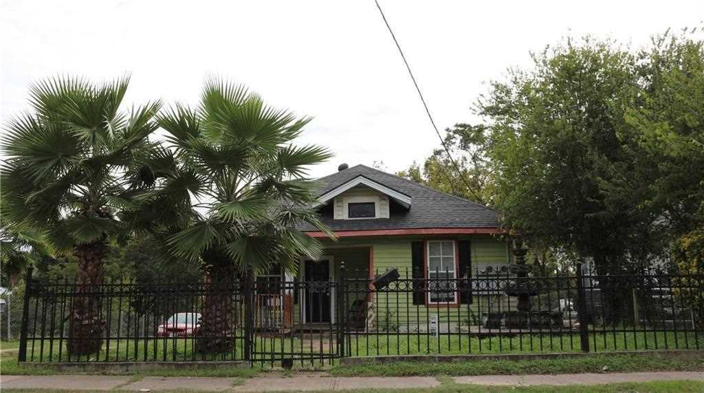 810 E 12TH Street, Dallas, TX, 75203   MLS#14069540 Photo 1