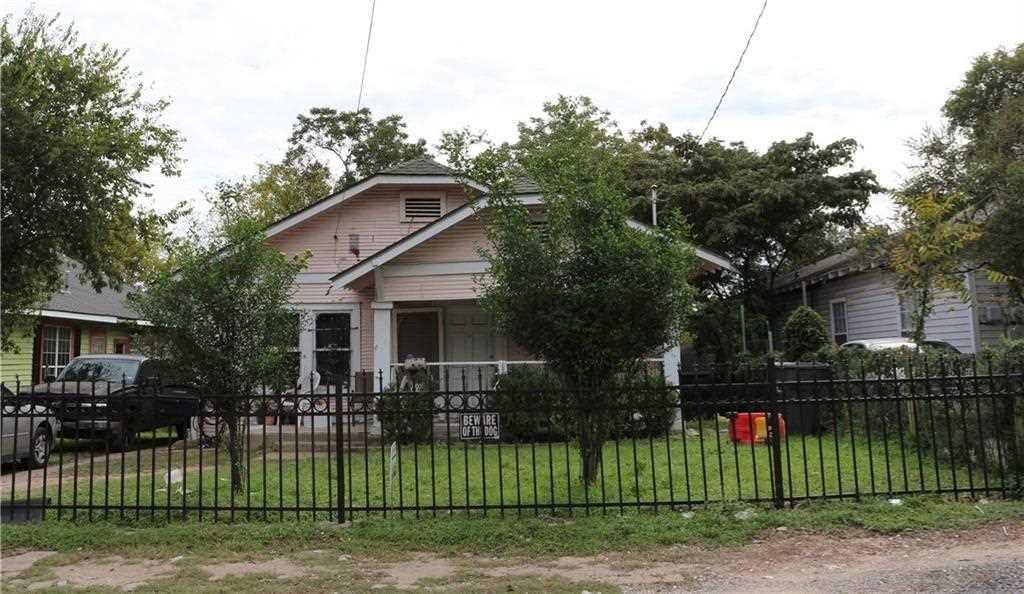 806 E 12TH Street, Dallas, TX, 75203   MLS#14069530 Photo 1