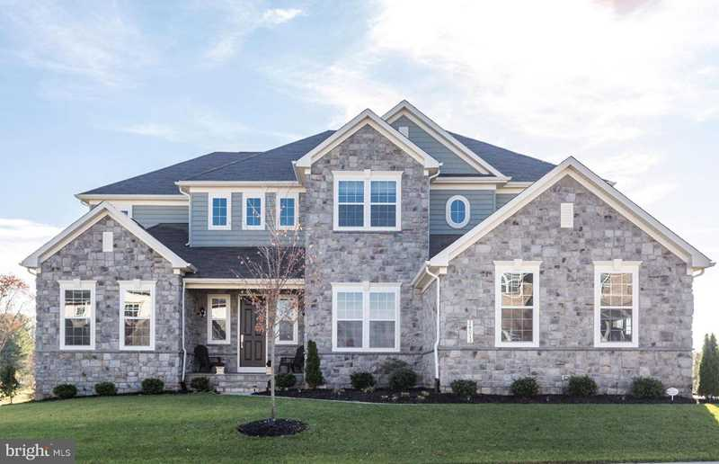 24013 Tenbury Wells Place For Sale in Aldie Photo 1