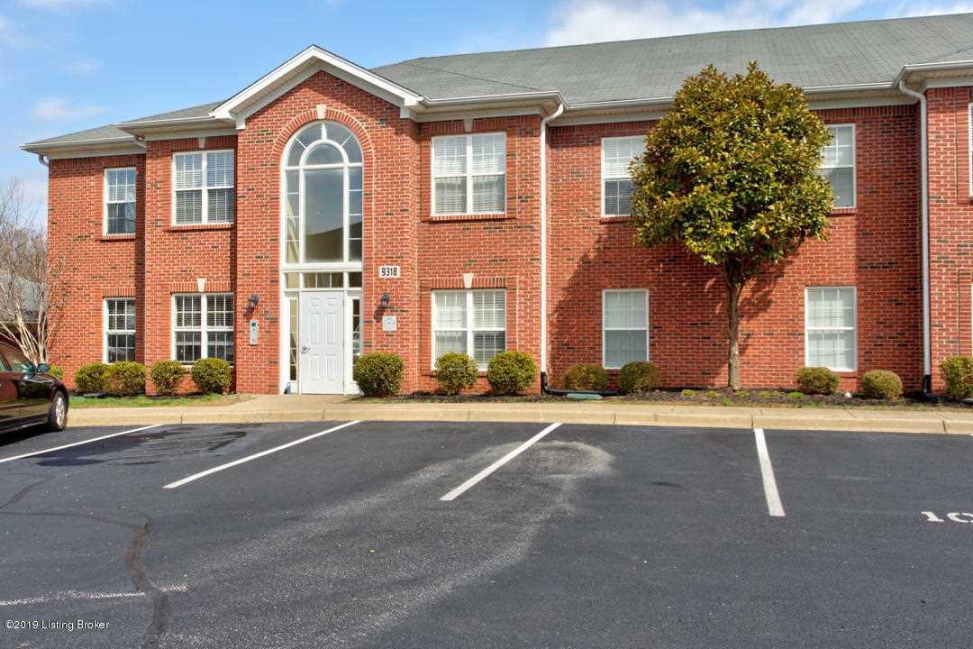 9318 Pine Lake Dr #202 Louisville, KY 40220 | MLS 1526751 Photo 1