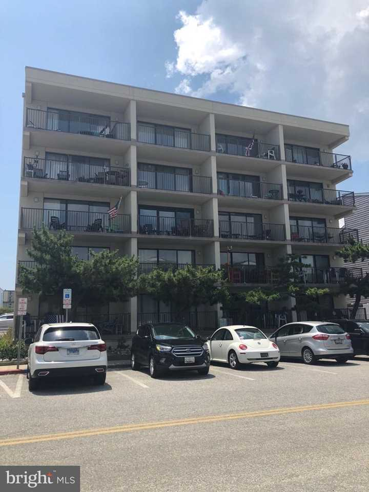 Trade Winds 7 139th St #101 Ocean City MD Condo For Sale