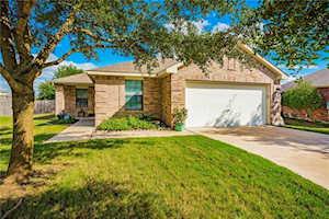 665 Quarter Ave Buda, TX 78610