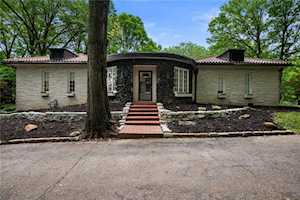 6225 Hillcrest Lane Indianapolis, IN 46220
