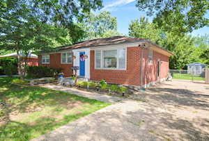 5003 Ronwood Dr Louisville, KY 40219