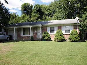 8003 Broadfern Dr Louisville, KY 40291