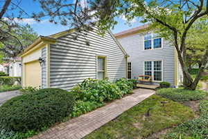 12 The Court of Stone Creek Northbrook, IL 60062