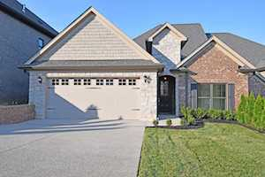 226 Maple Valley Rd Louisville, KY 40245