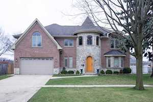 1707 W Lincoln St Mount Prospect, IL 60056