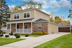 65 Chandler Ln Hoffman Estates, IL 60169