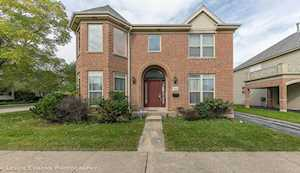 724 Deroo Loop Highwood, IL 60040