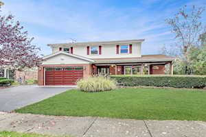 1720 Christopher Dr Deerfield, IL 60015