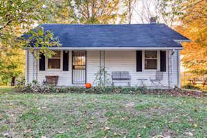 295 Henry Veech Rd Finchville, KY 40022