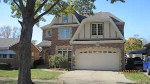 854 S Fairfield Ave Elmhurst, IL 60126