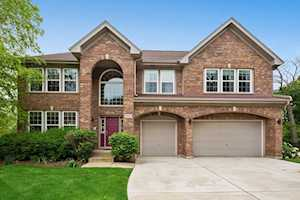 5617 Red Oak Dr Hoffman Estates, IL 60192