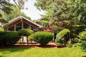 1108 N Elmhurst Rd Mount Prospect, IL 60056
