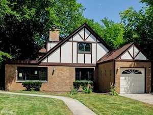 1906 W Greendale Ave Park Ridge, IL 60068